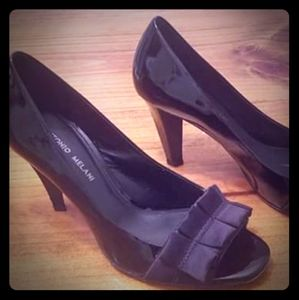 Size 9 patent leather heels